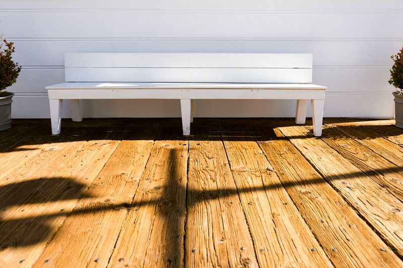 standard-bench-height-sunny-bench-in-post-img